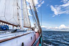 Fahrt auf Zweimast-Segler Banjaard in der Ostsee